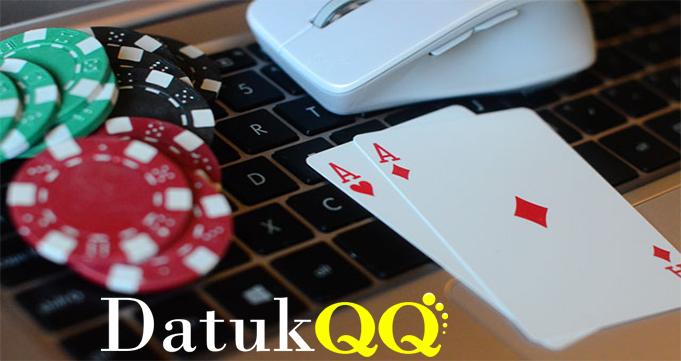 Perhatikan Berbagai Keuntungan Yang Hadir Poker Online